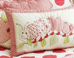 Caterpillar Cushion Cover--This would be so cute as an applique on a baby quilt. Applique Cushions, Sewing Pillows, Applique Quilts, Embroidery Applique, Sewing Appliques, Applique Patterns, Quilt Patterns, Patch Quilt, Quilt Blocks