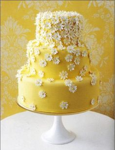 From the non-wreckerator section of Cake Wrecks- Sunday Sweets, we find this delightful, spring cake. just stare! Pretty Cakes, Cute Cakes, Beautiful Cakes, Amazing Cakes, Simply Beautiful, Daisy Cakes, Cake Wrecks, Super Torte, 3 Tier Wedding Cakes