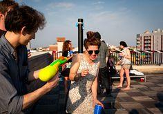 water-gun-at-summer-brooklyn-party.jpg (800×561)