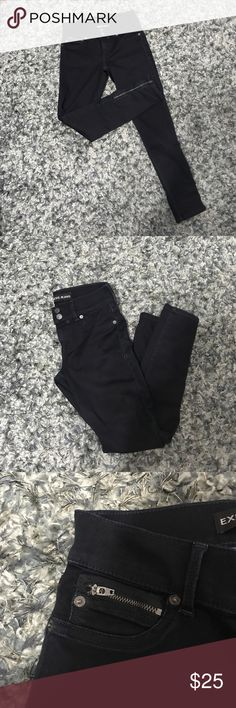 Express ankle jeans Stella low rise ankle jeans. Never worn. Extremely dark and have zipper on both legs and one pocket. Express Jeans Ankle & Cropped