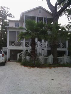 """ISLAND RETREAT: """"We thoroughly enjoyed our stay. The house is beautiful, we had everything we needed. Thanks!"""" #tybee #tybeeisland #beach #travel #vacation"""