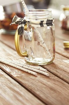 are perfect for your patio! Check out the tips on our Inspiration Guide! Mason Jar Mugs, Lounge, Gold Diy, My Canvas, Html, Projects To Try, Handle, Patio, Seasons