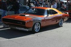 """70 Dodge Charger@ SEMA show. """"Streetshaker"""" ZRodz and Customs Rat Rods, Supercars, Dodge Charger 1970, Dodge Chargers, Sweet Cars, Hot Rides, Performance Cars, American Muscle Cars, Amazing Cars"""