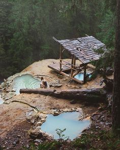 Follow @epic.travels for awesome travel images. Maximum chill in these hot springs.  Photo by @nathanaelbillings