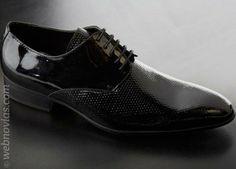 Los zapatos del novio: cómo escogerlos. www.webnovias.com