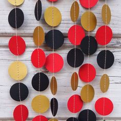 Gold and Red paper garland, Red shower, Black photo backdrop, Halloween decoration, Baby shower, Photo backdrop, Guirlande, Red wall decor by folkchain on Etsy