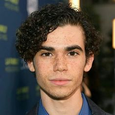 Cameron Boyce, Jessie, Hairstyle Man, Beautiful Men, Beautiful People, Disney Channel Descendants, Luke Perry, Disney Xd, Now And Forever