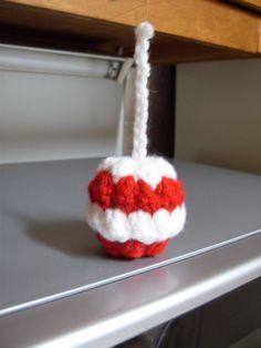 Free Candy Apple Christmas Ornament Crochet Pattern Crochet Christmas Decorations, Crochet Ornaments, Holiday Crochet, Christmas Tree Ornaments, Christmas Patterns, Christmas Hanukkah, Christmas Holidays, Christmas Crafts, Xmas