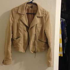H&M suede beige moto jacket Size 8 super cute cropped jacket from h&m Divided. In great condition, very gently used. sadly it does not fit me anymore H&M Jackets & Coats