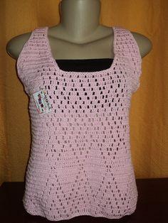Blusa feita com linha 100% algodão.Feita no tamanho e cor desejada. R$ 49,90
