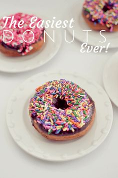 These Easy Donuts are so easy to make thanks to canned biscuits! They only take a few minutes to make and are melt in your mouth delicious! Easy Donut Recipe, Donut Recipes, Cupcake Recipes, Dessert Recipes, Cooking Recipes, Just Desserts, Delicious Desserts, Yummy Food, Summer Desserts