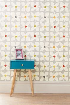 Buy Paste The Wall Geo Floral Wallpaper from the Next UK online shop Galerie Wallpaper, Wallpaper, Geo Wallpaper, Original Wallpaper, Floral Wallpaper, Silver Grey Wallpaper, Lined Curtains, Wall Wallpaper, Chic Wallpaper