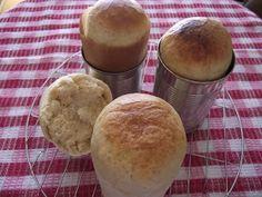 Tanulj meg sütni!: Konzervdobozban sült kenyér alaptésztából Hamburger, Muffin, Pudding, Bread, Breakfast, Drink, Food, Morning Coffee, Beverage