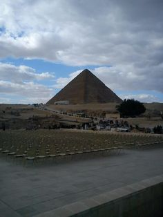 pyramids tour egypt- WWW.egypttravel.cc if looking for history and oldest wonders all over the world come to visit the pyramids.
