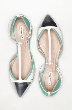 ... exactly these shoes by Massimo Dutti