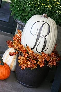 Personalized Pumpkins from Pretty Pink Tulips #Fall #decor