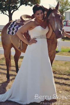 bride | horse | wedding