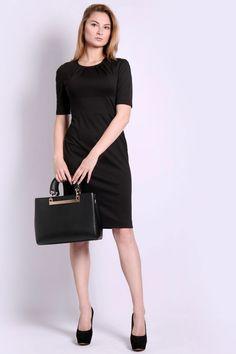 Маленькое чёрное платье с коротким руковом. Базовая модель для  комбинирования с жакетами, пиджаками, bad55f69dc4