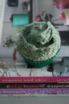 Georgetown cupcake mint cookies and cream copy cat recipe