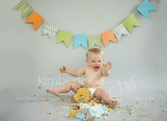 All Boy Cake Smash - Boy cake smash - Kuchen 1st Birthday Cake Smash, Baby First Birthday, First Birthday Photography, Cute Banners, Boy Photos, Family Photos, Throw A Party, Cakes For Boys, Great Pictures