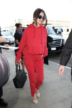 Pin for Later: This Is Already Turning Out to Be Selena Gomez's Sexiest Year Yet She Wore a Comfy Yet Sexy Outfit That Involved Sweatpants Selena is probably the only one that could pull off loungewear (from Vetements, nonetheless) with slinky sandals.