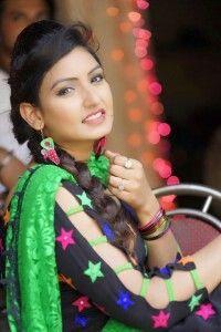 #punjabisuit #singer #greenblack combination!
