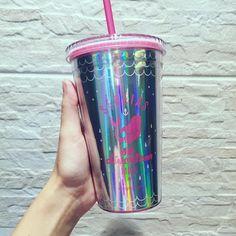 Starbucks Taiwan, Pink Starbucks, Starbucks Drinks, Drinking Water Bottle, Cute Water Bottles, Agua Voss, Iced Coffee Cup, Ice Cup, Sleepover Birthday Parties