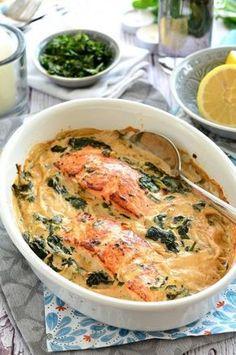 Spenótos-tejszínes mártásban sült lazac recept Clean Recipes, Fish Recipes, Cooking Recipes, Healthy Recipes, Food Hacks, Food Inspiration, Healthy Eating, Healthy Food, Good Food