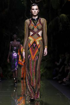 Watch the livestream of the Balmain show ready-to-wear collection Spring/Summer 2017 from Paris.