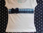 Camiseta con aplicación en patchwork  cenefa de lunares en tono azul claro  oscuro - artesanum com