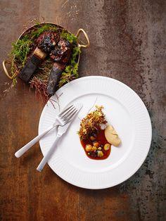 Andreas Bagh. Kay Bojesen dinner knife and dinner fork. Kay Bojesen Grand Prix cutlery. Danish Design. Grand Prix, Ethnic Recipes, Food, Design, Meals, Design Comics, Yemek, Eten