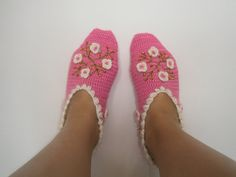 Turkish slippers warm cozy colorful women's socks by JezebelAdrian hot pink whit white flowers and beads