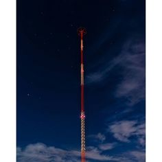 Terrestrial Signal One I'm blessed to teach art photography at the California Center for Digital Arts. Www.centerfordigitalarts.com www.bobkillen.com  #landscape #california #artphotography #artteacher #travel #traveling #kfi #radio #kfiradio #tower # mex