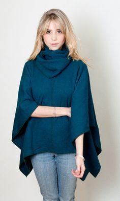 Open Poncho Knit sweater cape oversized kimono  #ponchos #winter #greenpetrol #ootd #kimonocardigan