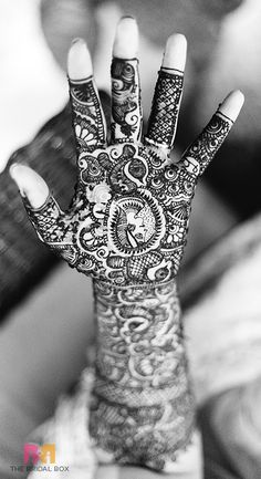 14 Latest Indian Bridal Mehndi Designs And Their Significance