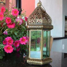 Para incrementar sua sala, varanda ou jardim, que tal uma lanterna diferente, bonitona e charmosa? 😍😍  Compre online no www.laviah.com.br