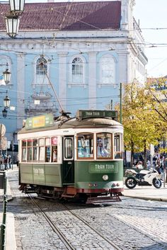 10 Shopping Hotspots & Places to Visit in Lisbon https://www.urbanpixxels.com/lisbon-shopping-sightseeing/