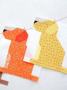 It's week 5 of the Fall Sampler Quilt Sew Along and oday I'm showing you the Dog Quilt Block and will share the finishing instructions! The Fall Sampler Quilt features six of my just released Fall quilt block patterns and one of last years Fall mini quilt Farm Quilt, Dog Quilts, Animal Quilts, Mini Quilts, Mini Quilt Patterns, Paper Piecing Patterns, Pattern Blocks, Sewing Patterns, Halloween Quilt Patterns