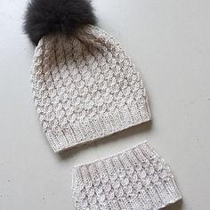 Ravelry: Flettefin Hals pattern by Floetre Purl Soho, Needles Sizes, Herringbone, Ravelry, Knitted Hats, Winter Hats, Girly, Stitch, Knitting
