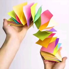 Easy paper crafts that are absolute fun 😁 - - Bricolage enfant - Origami 5 Min Crafts, 5 Minute Crafts Videos, Easy Paper Crafts, Diy Arts And Crafts, Creative Crafts, Craft Videos, Fun Crafts, Crafts For Kids, Cardboard Crafts