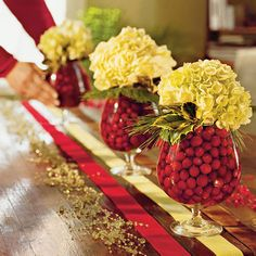 Centerpiece in Seconds - Southern Living - hydrangia in a vase with cranberries