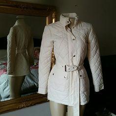 Ralph Lauren Women's Jacket Coat szs Excellent Very Gently Used Condition!!! Like New Ralph Lauren Women's Jacket Coat size Small Cream Ralph Lauren Jackets & Coats