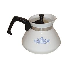 I had this one once, Corningware Blue Cornflower 6 Cup Teapot w/Lid.  I wander what happened to it.