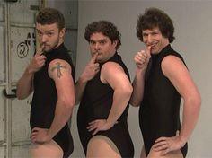"""Single Ladies"" backup dancers on SNL!"