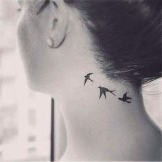 Imagen de tattoo, bird, and neck