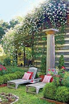 The Ultimate Entertaining Garden: Chaises with Climbing Roses