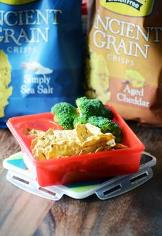 Udi's Aged Cheddar Ancient Grains Crisps with Broccoli and Hummus