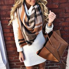 Blanket Scarf Outfit, Plaid Scarf, Plaid Blanket, Scarf Dress, Mode Outfits, Casual Outfits, Fashion Outfits, Scarf Outfits, Casual Ootd