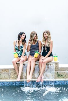 Best swimsuits of summer // What to Do in Dallas on a girls trip