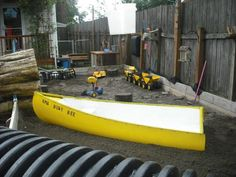 See, I'm not the only one with a boat in the backyard as part of our play area! I have a yellow one too!